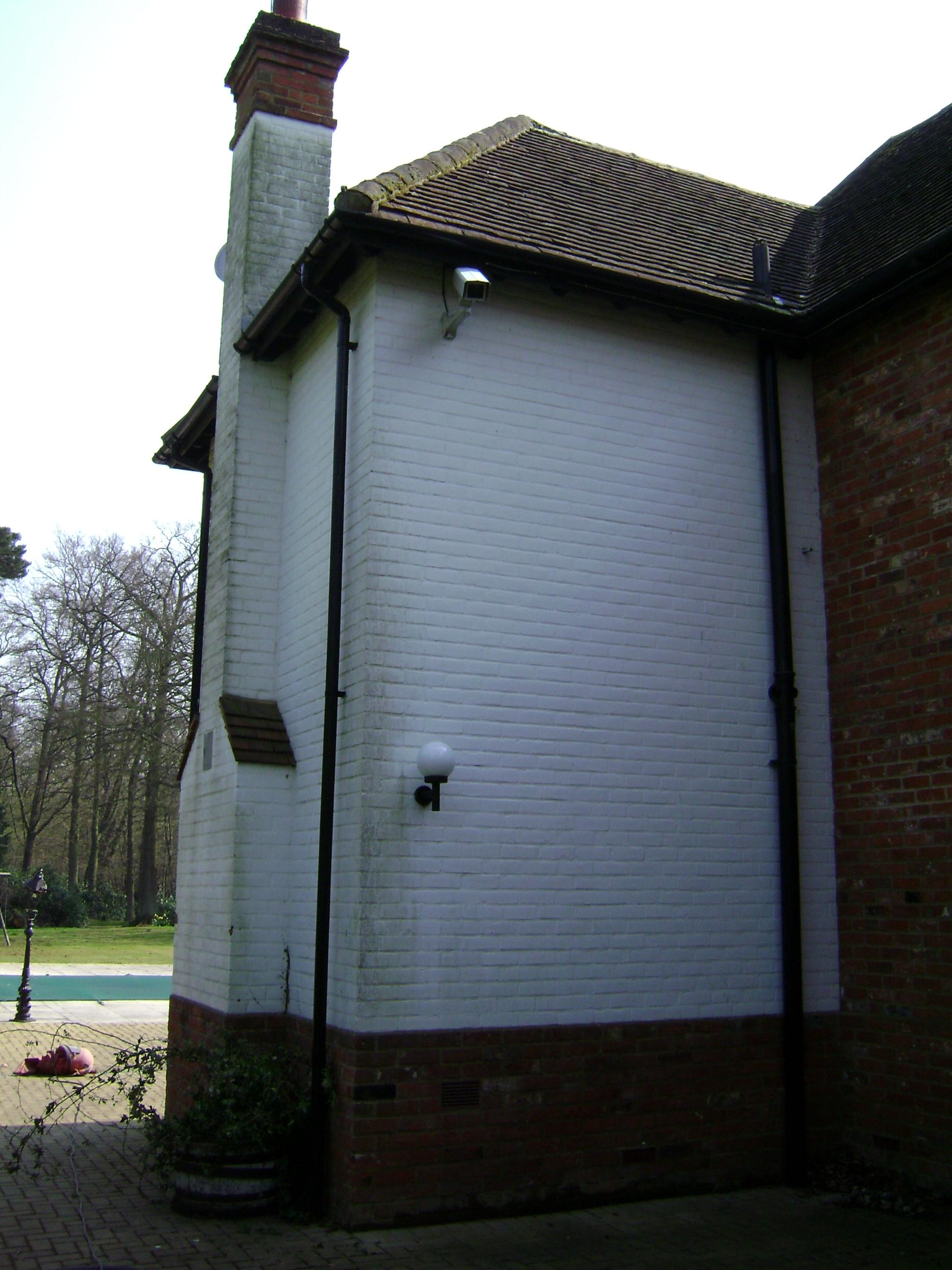 External Wall 1 - Brickwork & Stone
